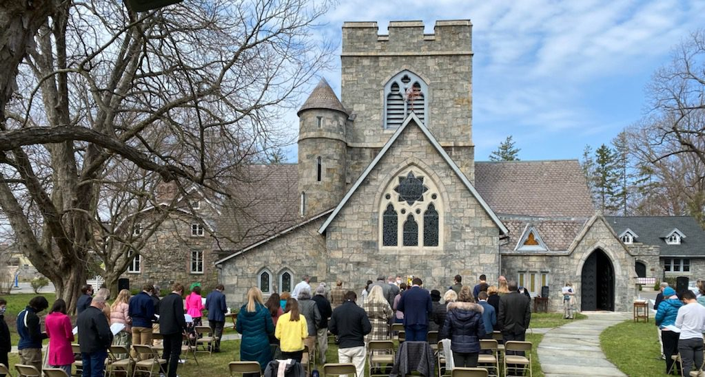 Outdoor church Services in Wetschester county - episcopal church NY